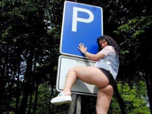 versaut auf dem parkplatz 23