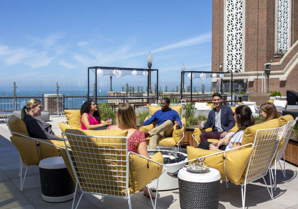 Enjoy the Largest Rooftop Bar in America