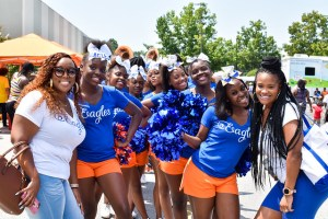 Columbia High cheerleaders