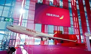 Iberia ya permite el uso de dispositivos electrónicos en todas las fases del vuelo