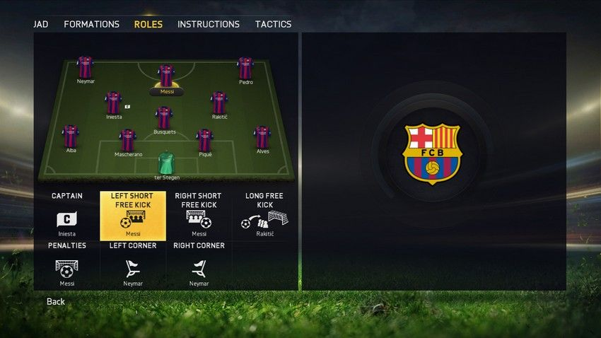 FIFA15_XboxOne_PS4_TeamManagement_Roles