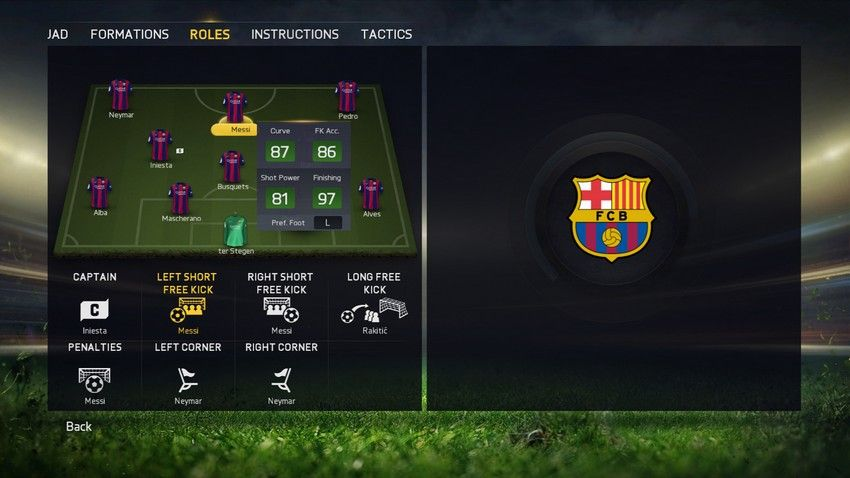 FIFA15_XboxOne_PS4_TeamManagement_Roles_PlayerSelected