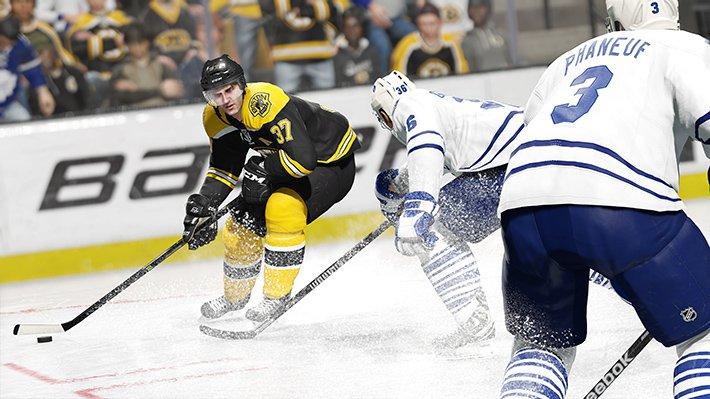 NHL15-BOS-TOR-Bergeron-drive_Gameplay