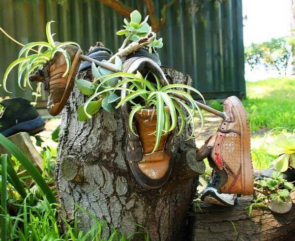 eski ayakkabılardan saksı yapımı