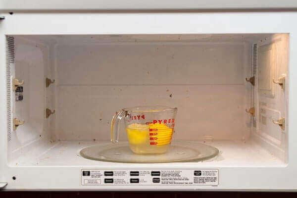 mikrodalga-firin-nasil-temizlenir-6