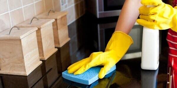 granit-mutfak-tezgahi-nasil-temizlenir