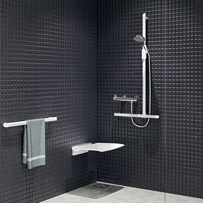 comment amenager une douche pmr