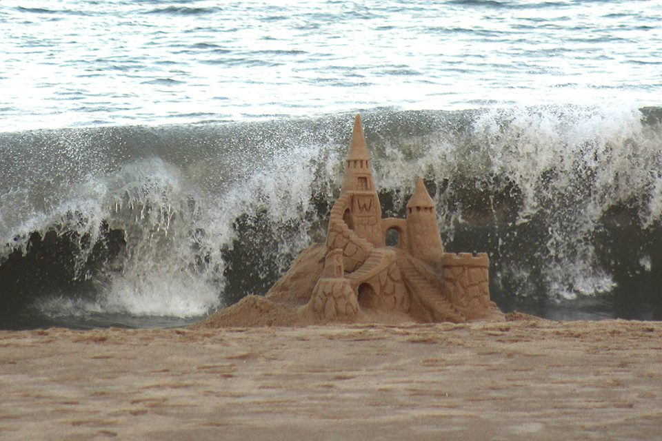 Rehoboth Beach Builds Twelve Million Dollar Sand Castle - delaware ...