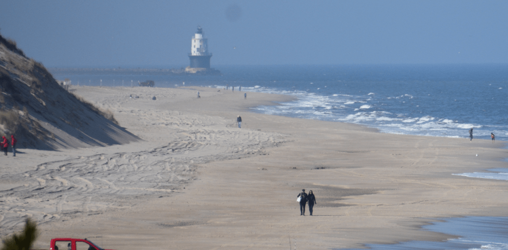 navy crossing, cape henlopen state park, delaware surf fishing, drive onbeach access, lighthouse, outer wall