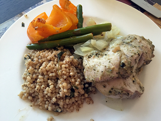 sorghum and steamed chicken