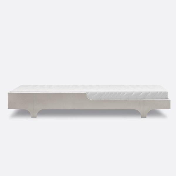 Cama juvenil de 75cm de ancho de la firma holandesa Rafa Kids acabado blanco lavado