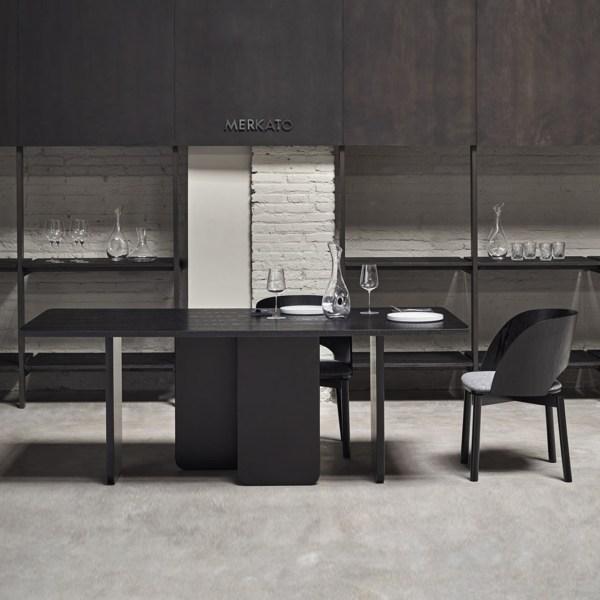 mesa de comedor rectangular en negro