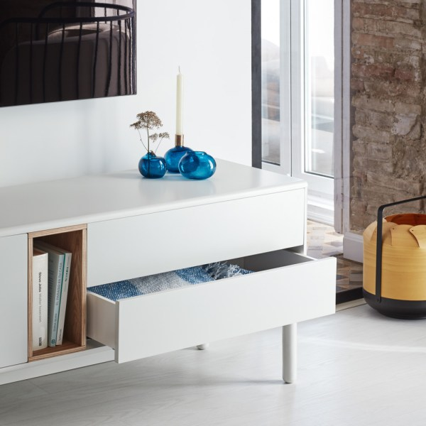mueble de tv en laca blanca