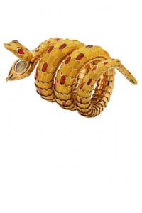 Bulgari-Snake-bracelet-watch-1967-Gold-with-yellow-and-red-enamel-and-rubies-Photo-Antonio-Barrella-Studio-Orizzonte-Roma