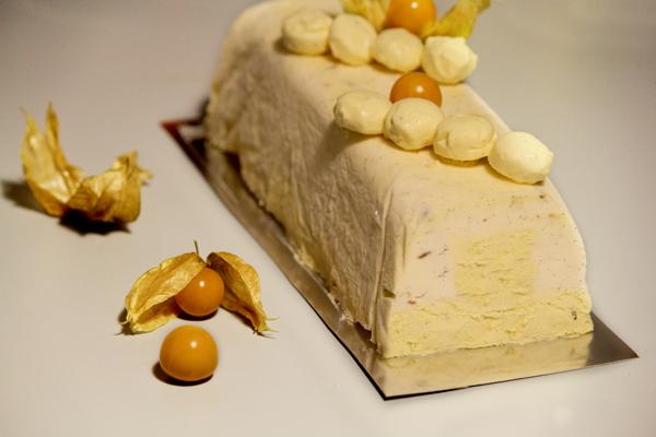 buche-glacée-vanille-passion