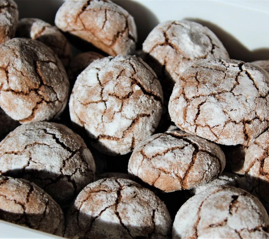 Délicimô ! - Recette Biscuits Craquelés à l'Amande et au Chocolat - www.delicimo.fr