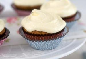 Cupcakes cu aroma de Earl Grey si crema de portocale