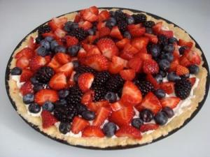 Tarta cu fructe de padure si mascarpone