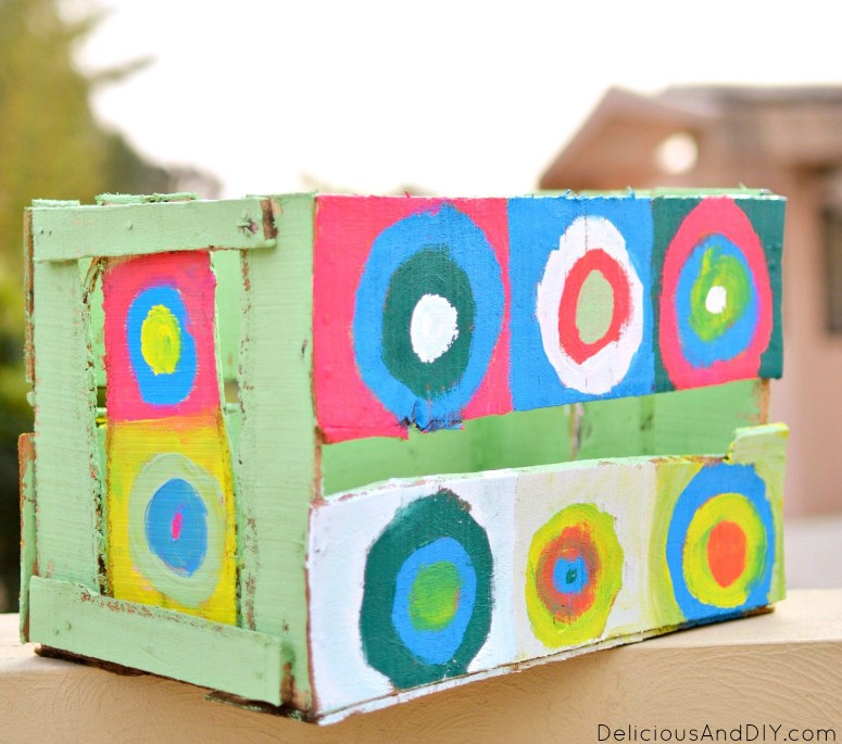 DIY Painted Circles Wooden Makeover| Bright and Colorful Crate Projects| DIY Crafts| Kndinsky Art Inspired Crate Makeover| Home Decor| Painted Crates| Wooden Crate as a Gift Basket