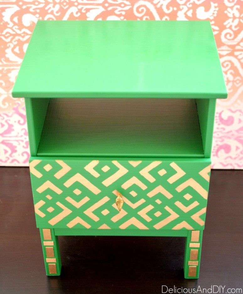 IKEA Tarva Nightstand Makeover| Home Decor| Painted Furniture| Stenciled Furniture| Ikea hacks| Ikea Tarva Hacks| Ikea Furniture Ideas| Green Furniture| Hand Painted Furniture