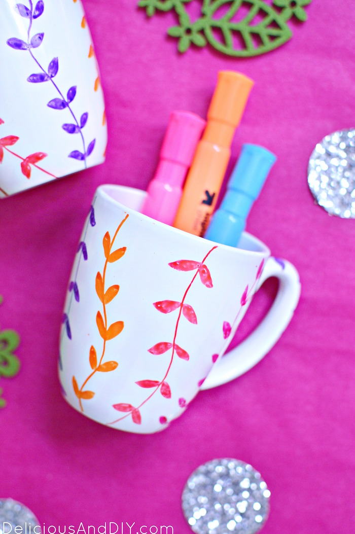 Easy handpainted Mug Makeover using Glass Paint Markers in under 15 minutes  DIY Crafts  Glass makeover  Mug crafts  DIY Glass Painted Home Decor  Vine Mug Makeover  Easy Craft Projects  Home Decor Ideas