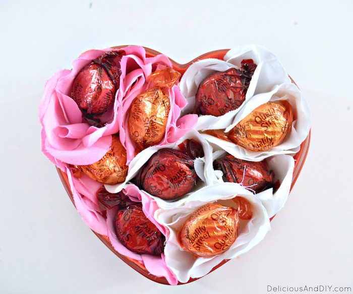 Create a customized thoughtful gift which is perfect for Valentines and special occasions| Easy Valentine Gift Ideas| Craft Ideas| DIY Projects| Flower Heart Bowl| Creative Gift Guide| Flower Heart Bowl| Dollar Tree Crafts| Roses and Chocolate Bowl Ideas| Chocolate Flower Bouquet|