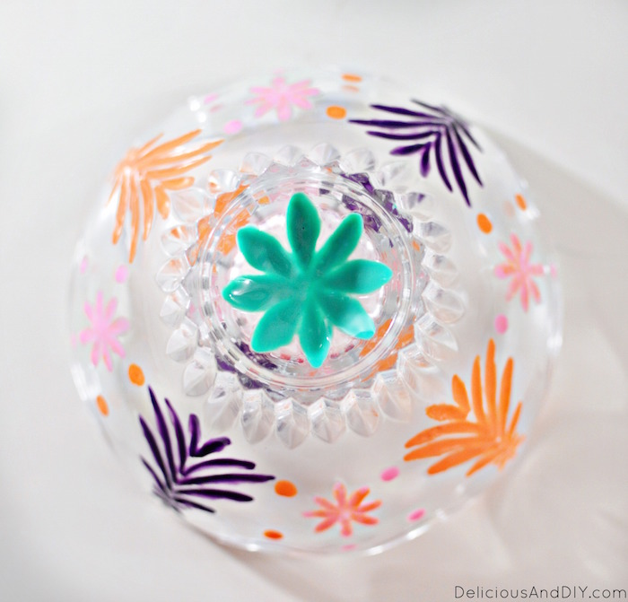 Give those dated Glass Bowl an instant makeover using colorful glass paints  Glass Bowl Makeover  Home Decor  DIY Crafts  Glass Paint Bowl  Trinket Bowl Updated  Dated Glass Bowls Upcycled  Recycled Bowls  Dollar Store Crafts  Recycled Jars  Handpainted Bowls