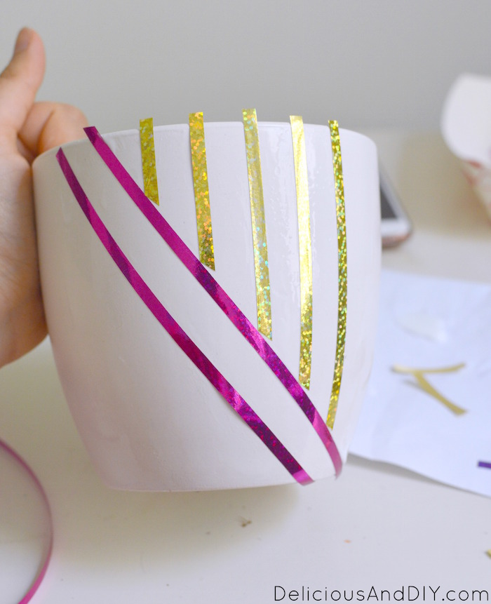 See how easy it is to make these Five Budget Friendly DIY Craft Projects just by using a few simple supplies| Gorgeous Budget Friendly Craft Projects using 99 Cent Store Only products| Summer Craft Projects with the Kids| Chic Home Decor using 99 cent store only products| 5 Amazing DIY Craft Projects Ideas|#dothe99 #99obsessed #ad