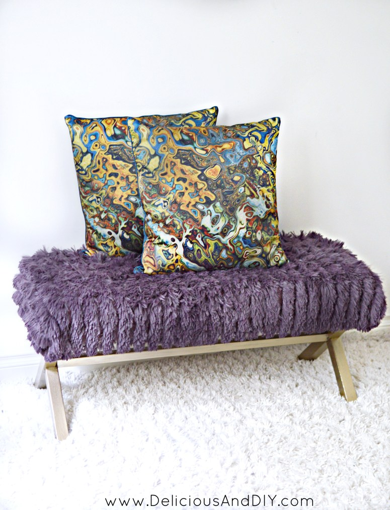 Reupholster a bench using a Throw Blanket in under 30 minutes| Throw Blanket Bench Makeover| Reupholstered Bench Makeover| Easy Bench Makeover using a throw blanket and a few simple supplies