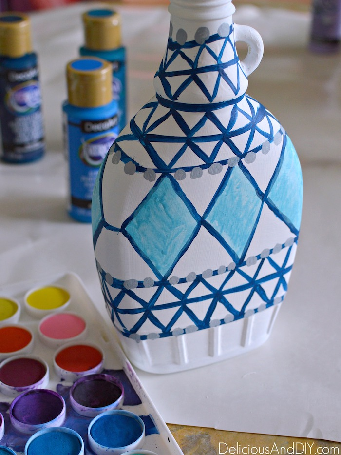 Fill in the Anthropologie Inspired design by using Watercolor Paints and paint in the pattern