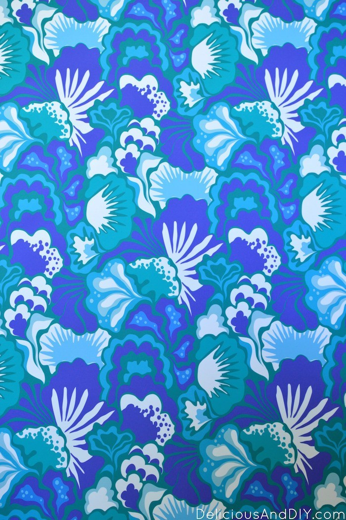 Blue floral Peel and Stick Wallpaper