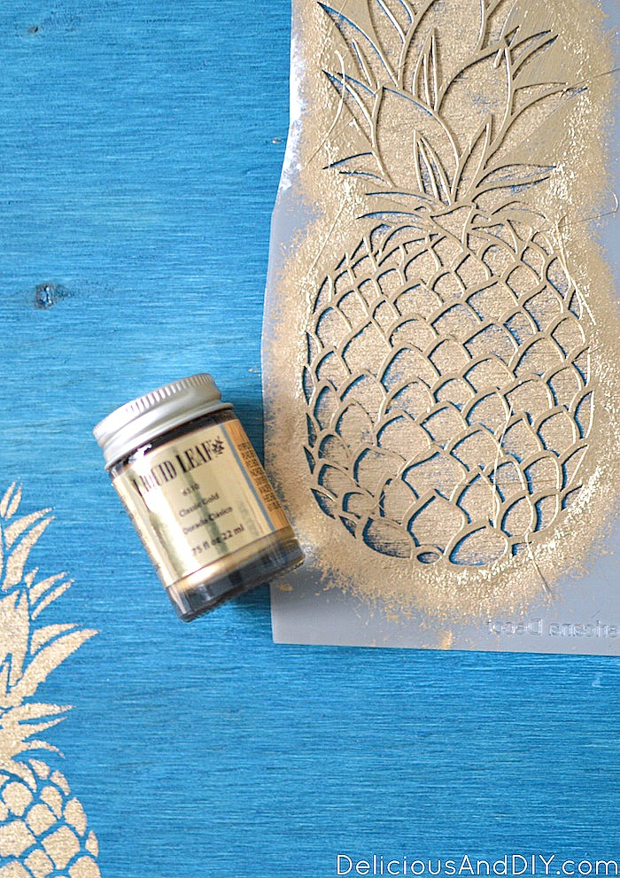 Adding the Simple Pineapple Stencils to the DIY Outdoor Bench