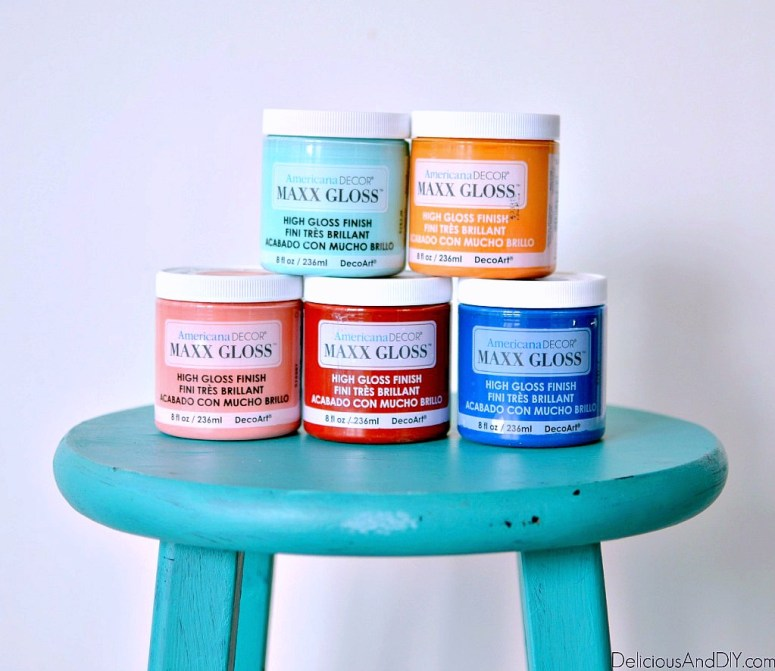 paints to be used on the bar stool