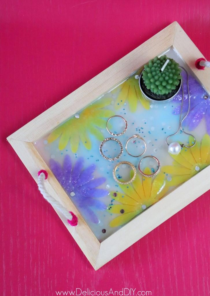 resin felt flower jewelry tray with yarn handles