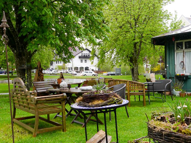 Garten des Cafés am Schlossplatz in Wolfegg