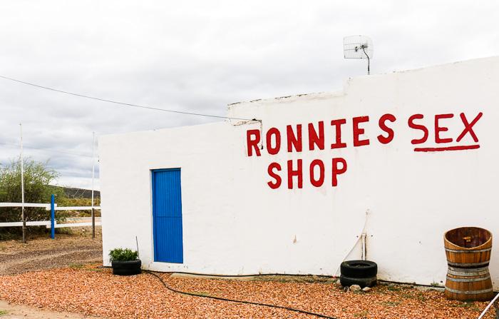 Ronnys sex shop route 62, südafrika