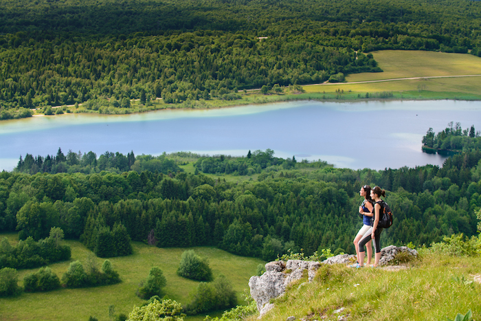 So sieht es normalerweise aus: Blick vom Pic d'Aigle auf den See