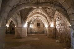 Krypta der alten Kirche in Mortagne-au-Perche