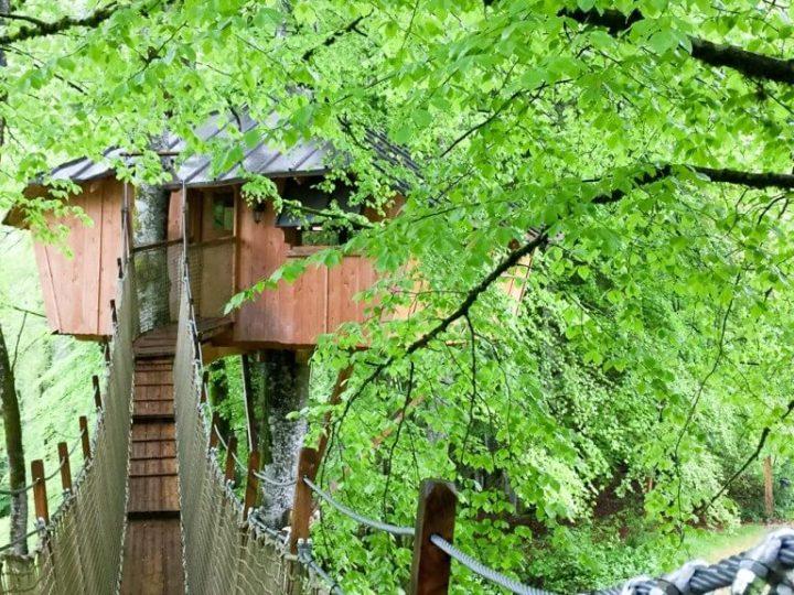 Grüner Jura: Übernachten im Baumhaus, Domaine de Syam