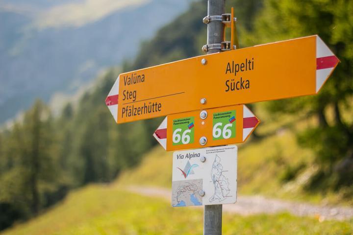 Auf der Route 66 durch Liechtenstein wandern