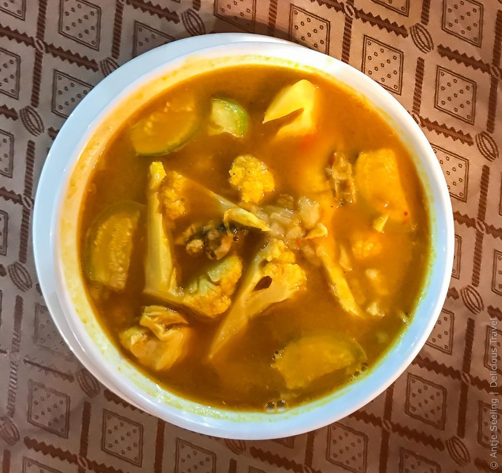 Traditionelle Thaiküche: Sour und Spicy Soup