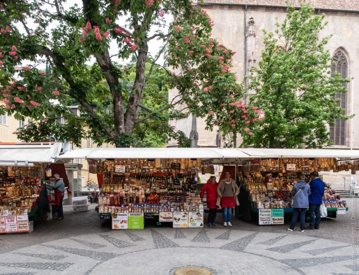 Samstags-Markt in Meran, Südtirol