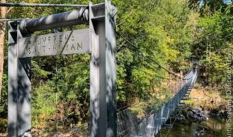 Hängebrücke in der Auvezere-Schlucht