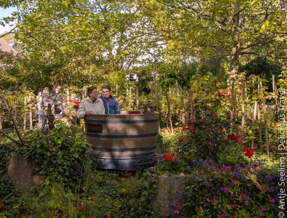 Erlebnispark Tripsdrill: Mit der Achterbahn in den Weinkeller