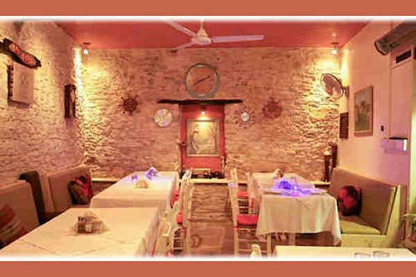 omodos-stou-kyr-viannis-restaurant