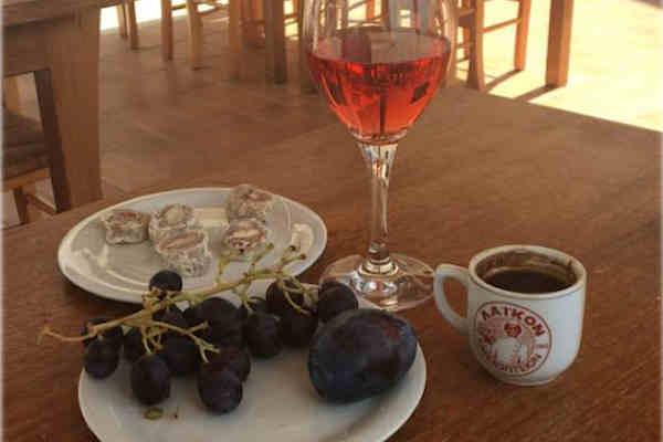 Restaurant au coeur du vignoble Vouni Panayia à Chypre