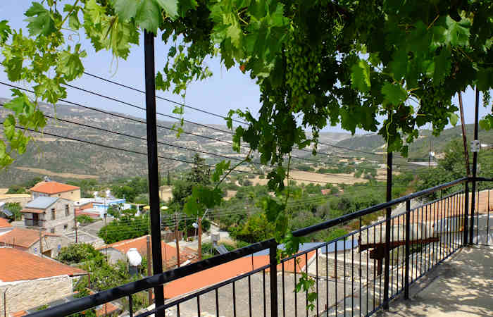 valva-chypre-our-house