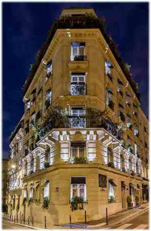 Facade-paris-room-mate-Hotel