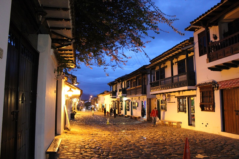 villa-de-leyva-night