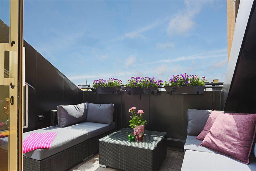 45 m di fanos con terraza blog tienda decoraci n estilo for Mobiliario terraza pequena